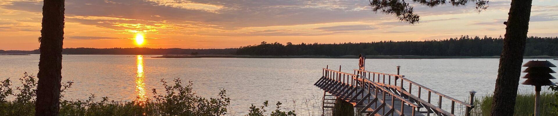 Meetings and saunas at seaside_Merikoivula
